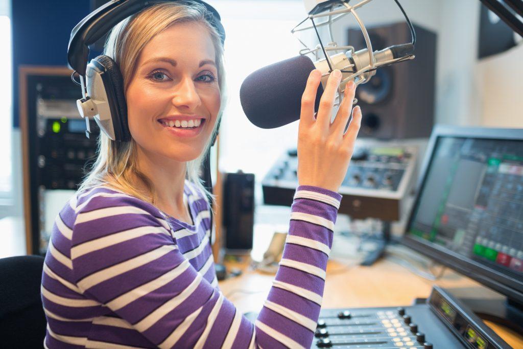 Fungsi Siaran Radio Berbahasa Perancis Di London Inggris